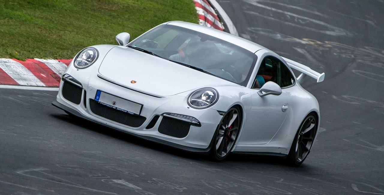 8 Runden Porsche GT3 selber fahren auf dem Bilster Berg