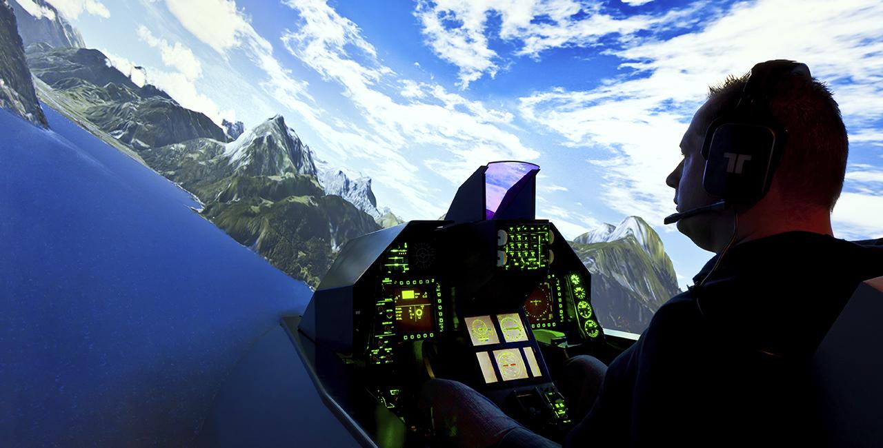 120 Min. Flugsimulator F-16 in Frankfurt-Kalbach