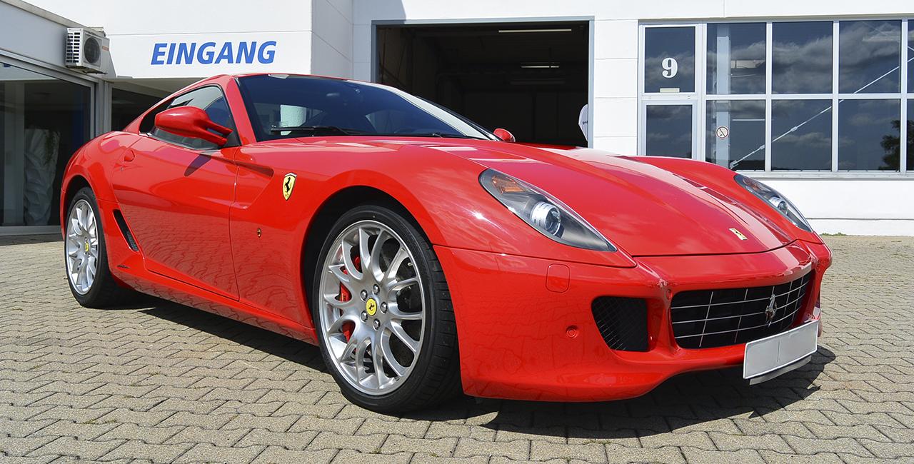 50 Min. Ferrari GTB 599 selber fahren in Stuttgart