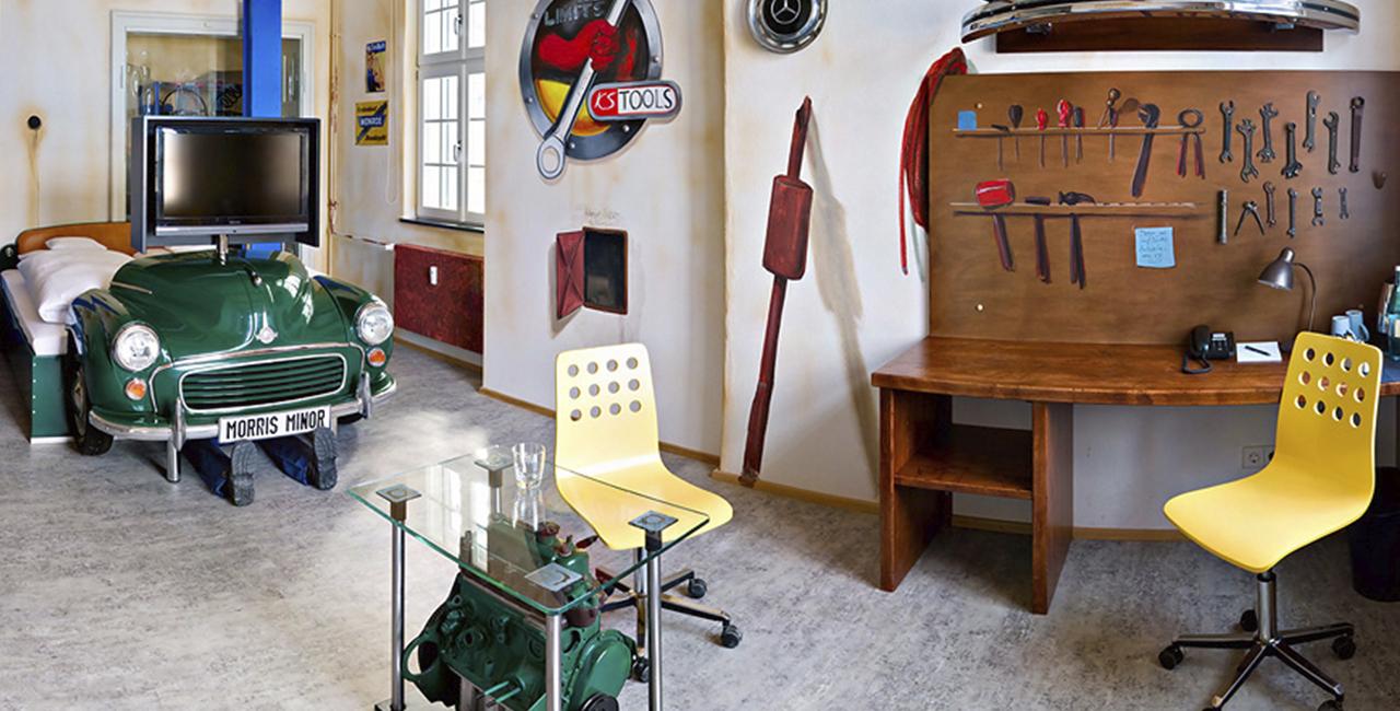 Übernachtung im Werkstattzimmer in Böblingen, Raum Stuttgart