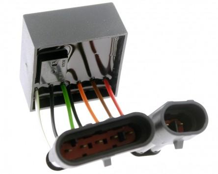 Blinkrelais BR-18, 12V4(6) x21 W, mit eingebauter Warnblinkschaltung, universal